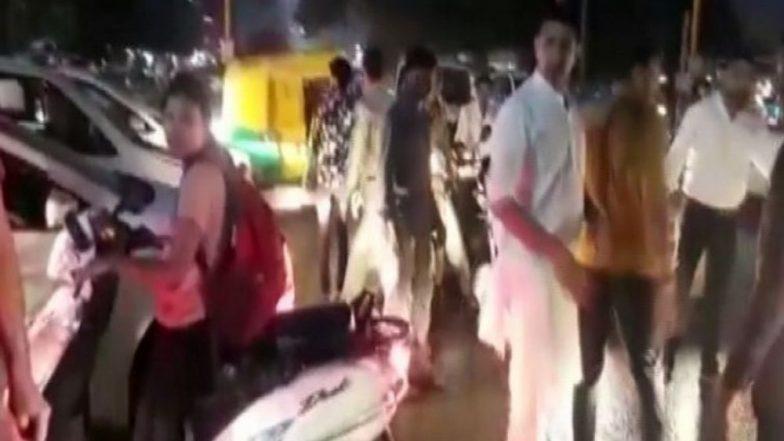 MP Sports Minister Jitu Patwari Manages Traffic in Indore After Getting Stuck in Jam, Watch Video