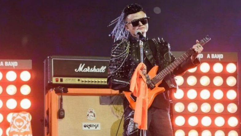 Jack Ma Steps Down From Alibaba in Tears, Dons Guitar And Rockstar Wig on His Farewell Night