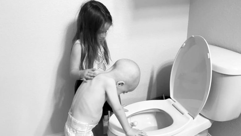 Cancer-Stricken Brother Throws Up While Supportive Sister Pats His Back; Mom's Viral Post on How Childhood Cancer 'Affects the Entire Family' is Heart Breaking