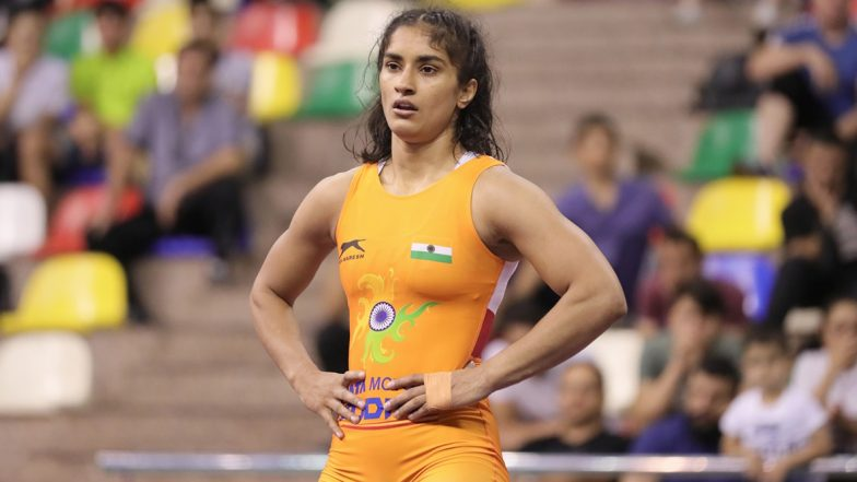 Vinesh Phogat Clinches Bronze Medal at World Wrestling Championships 2019, Qualifies for Tokyo Olympics 2020: Twitter Salutes Wrestler on Her Achievements