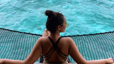 Sonakshi Sinha Turns Her Back on Trolls, Posts a Hot Picture From Maldivian Vacay Looking Unaffected by the Viral Funny Memes