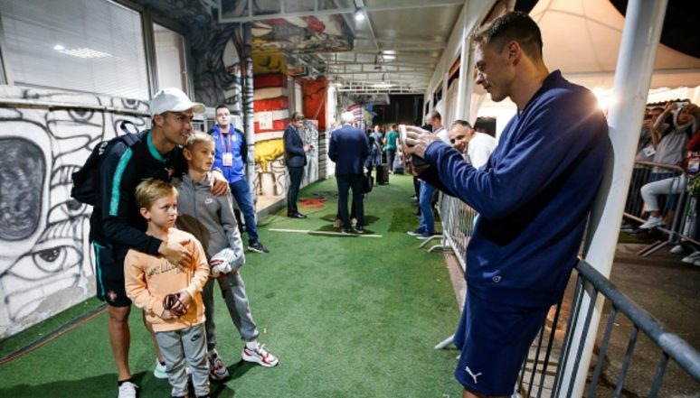 Cristiano Ronaldo Meets Nemanja Matic's Kids After Portugal's 4-2 Win Over Serbia in Euro 2020 Qualifiers (Watch Video)