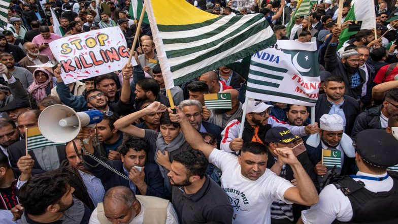 'Howdy, Modi!': Over 15,000 to Attend Counter-Rallies Planned Outside Houston Venue to Protest 'Rights' Violation' in Kashmir