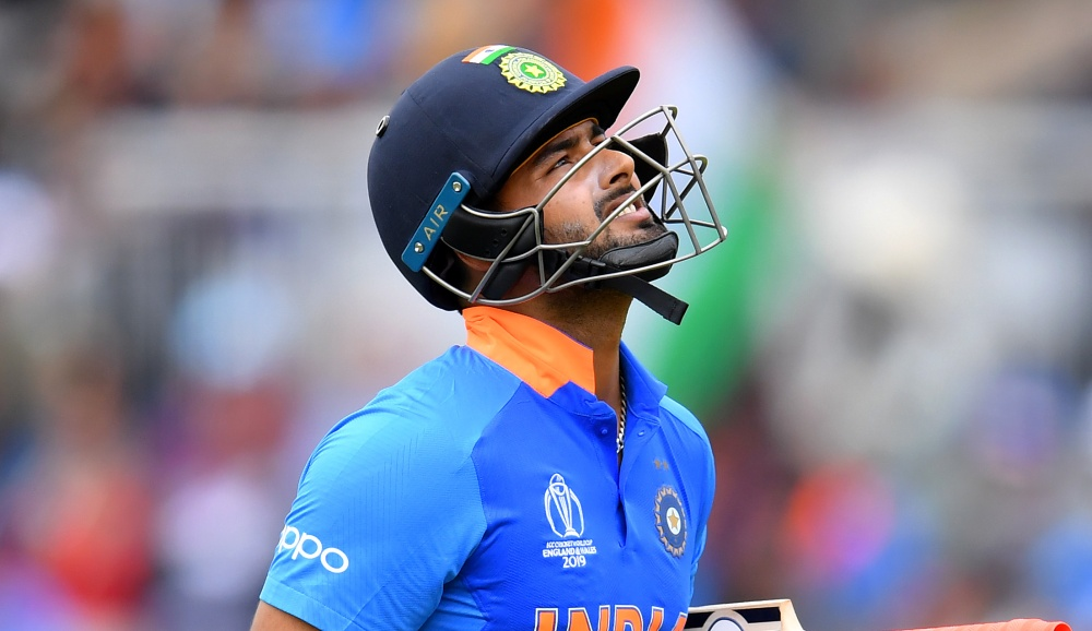 Rishabh Pant Trolled With Funny Memes and Posts After Another Dismissal to Rash Shot Against Bangladesh in IND vs BAN 3rd T20I Match (See Hilarious Reactions)