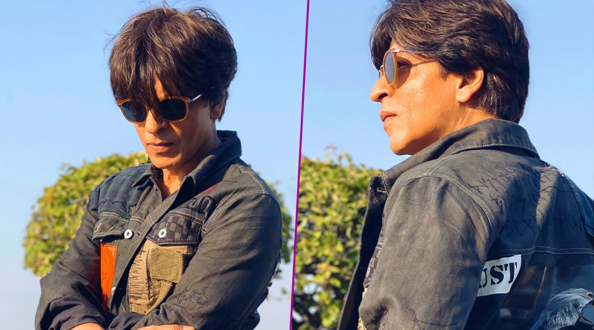 Shah Rukh Khan Shares Pictures Wearing Karan Johar's Dust of Gods Jacket and Fans Can't Get Over His Younger Look, Say He's Reverse-Ageing! (View Pic)