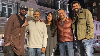 Baahubali Reunion in London: Netizens Can't Stop Shipping Prabhas and Anushka Shetty as They Pose Together With SS Rajamouli and Rana Daggubati (View Pic)