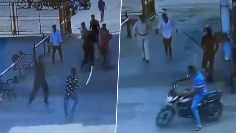 Gujarat: Armed With Swords and Sticks, Miscreants Attack Security Guards at Kandla SEZ Entry Gate in Kutch; Watch Video