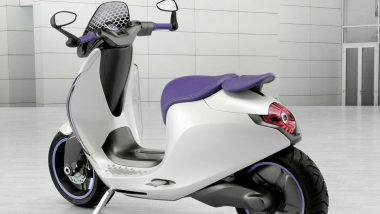 Bajaj Urbanite Electric Scooter Launching Today in India; Watch LIVE Streaming of Bajaj's New EV Launch Event