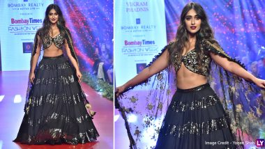 Ileana D'Cruz Looks Magical in Black As She Walks for Designer Vikram Phadnis at Bombay Times Fashion Week (View Pics)