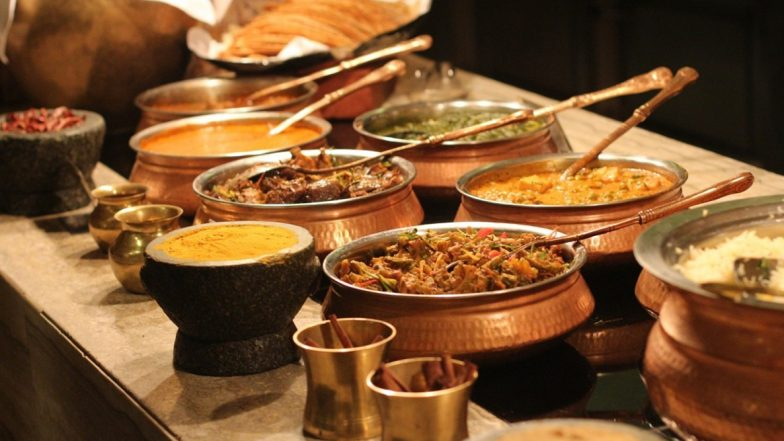 Diwali 2019 Dinner Party Menu: From Appetising Starters to Mouth-Watering Dessets, Here's a Complete Menu for a Hearty Deepavali Night