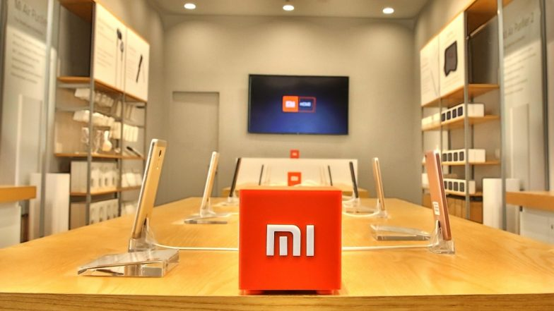 Xiaomi Officially Patents Vertically Foldable Smartphone: Report