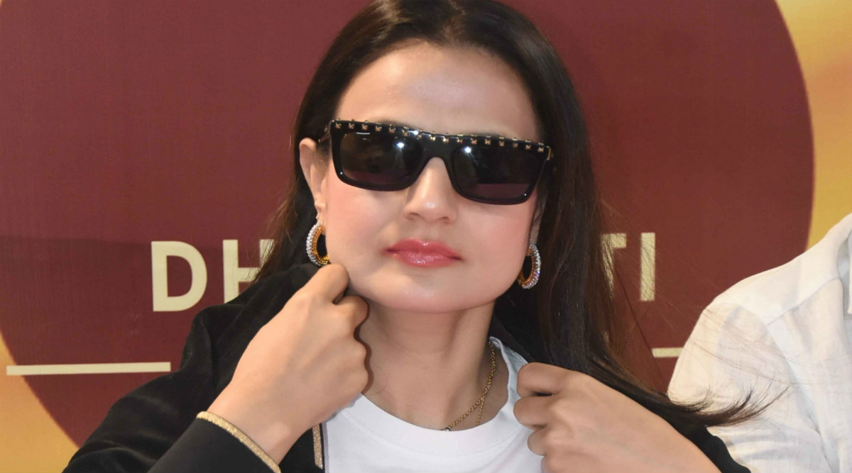 Ameesha Patel Is Practising the Ghaziabadi Dialect for Her Role in Upcoming Film 'Tauba Tera Jalwa'