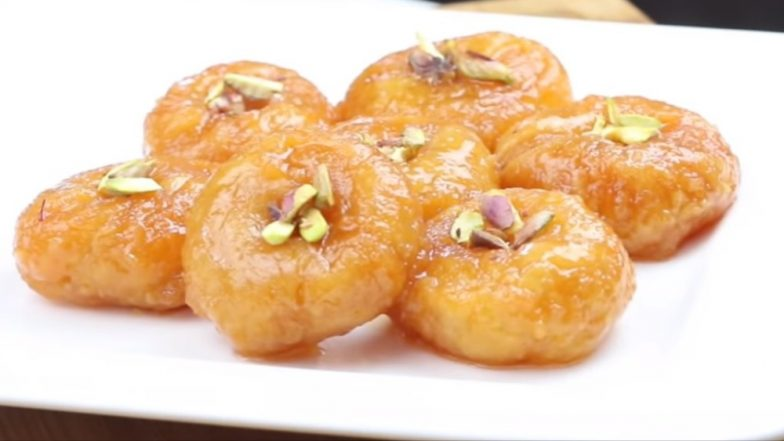 How to Make Balushahi For Diwali 2019? Easy Sweet Recipe That You Can Make At Home For Deepavali Festival (Watch Video)