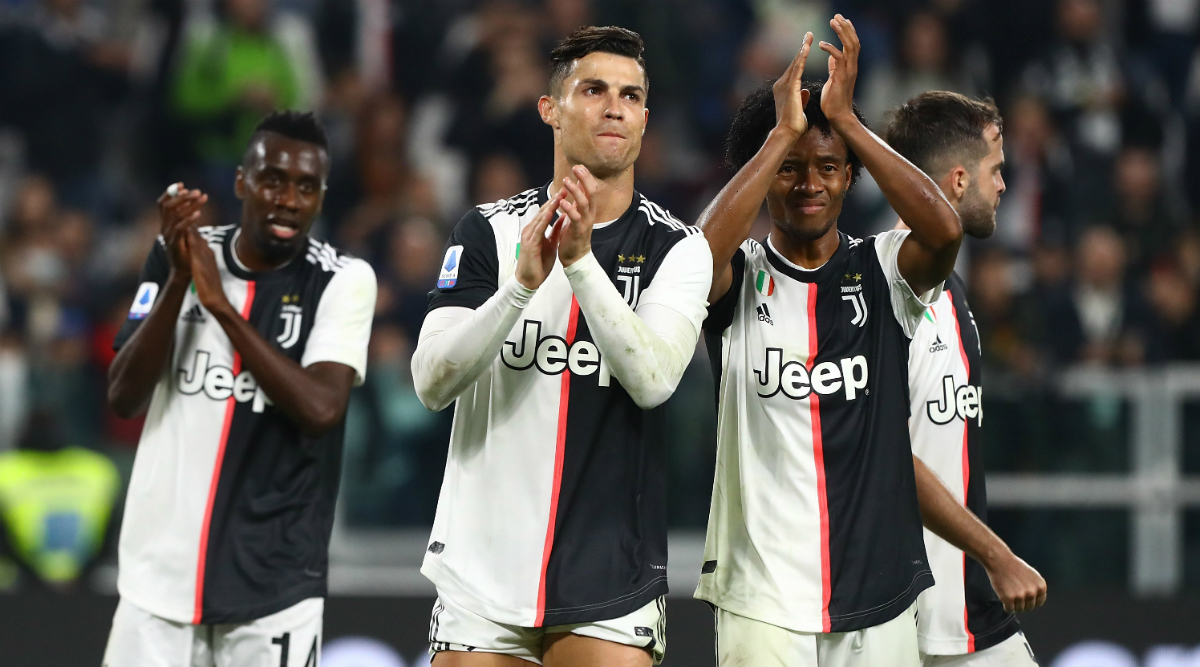 Cristiano Ronaldo Congratulates Lionel Messi, But Takes a Nasty Jibe at Virgil van Dijk For Cracking a Joke on Him During Ballon d'Or 2019 Award Ceremony