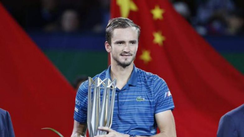 Daniil Medvedev Outsmarts Alexander Zverev to Win Shanghai Masters 2019