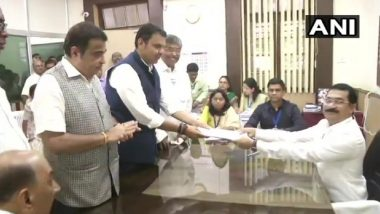 Maharashtra Assembly Elections 2019: Devendra Fadnavis Files Nomination From Nagpur South-West in Presence of Mentor Nitin Gadkari