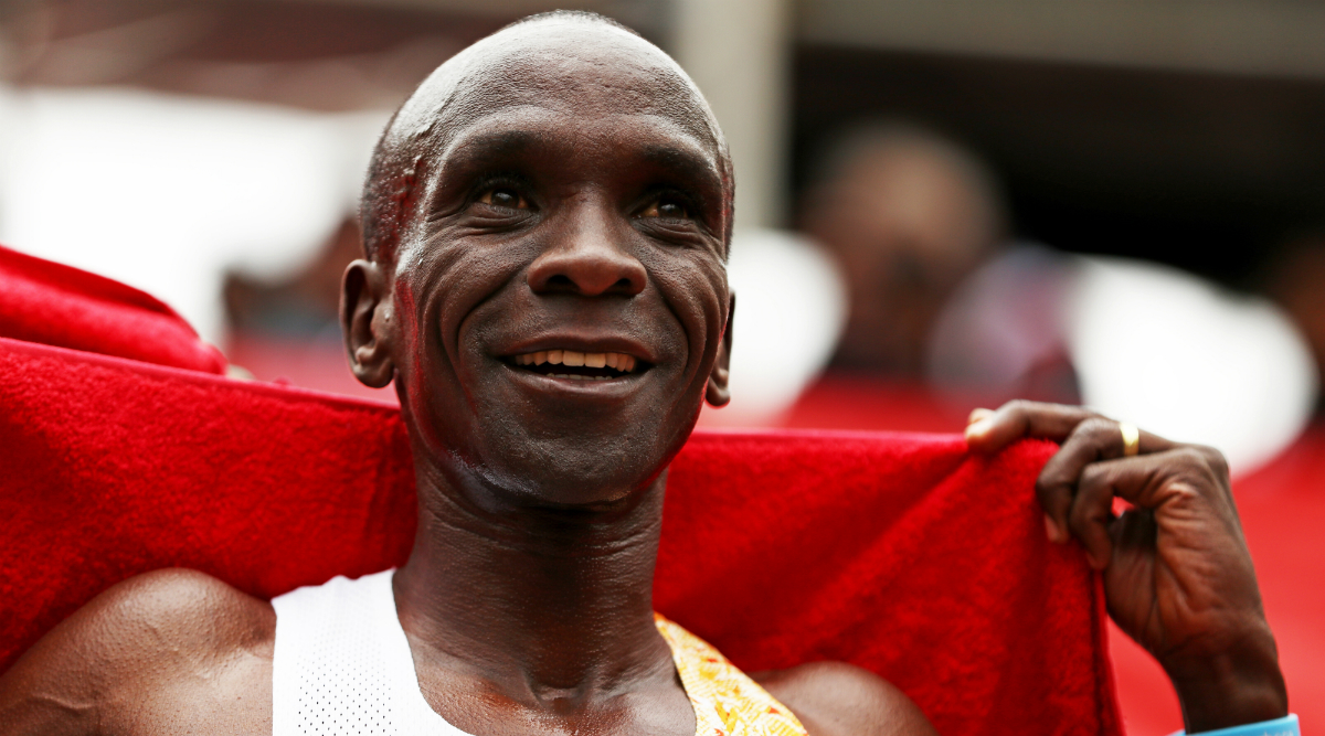 Eliud Kipchoge Becomes First Human to Run a Marathon in Under 2 Hours! Kenyan Long-Distance Runner's 'Roger Bannister Moment' Breaks Human Perception