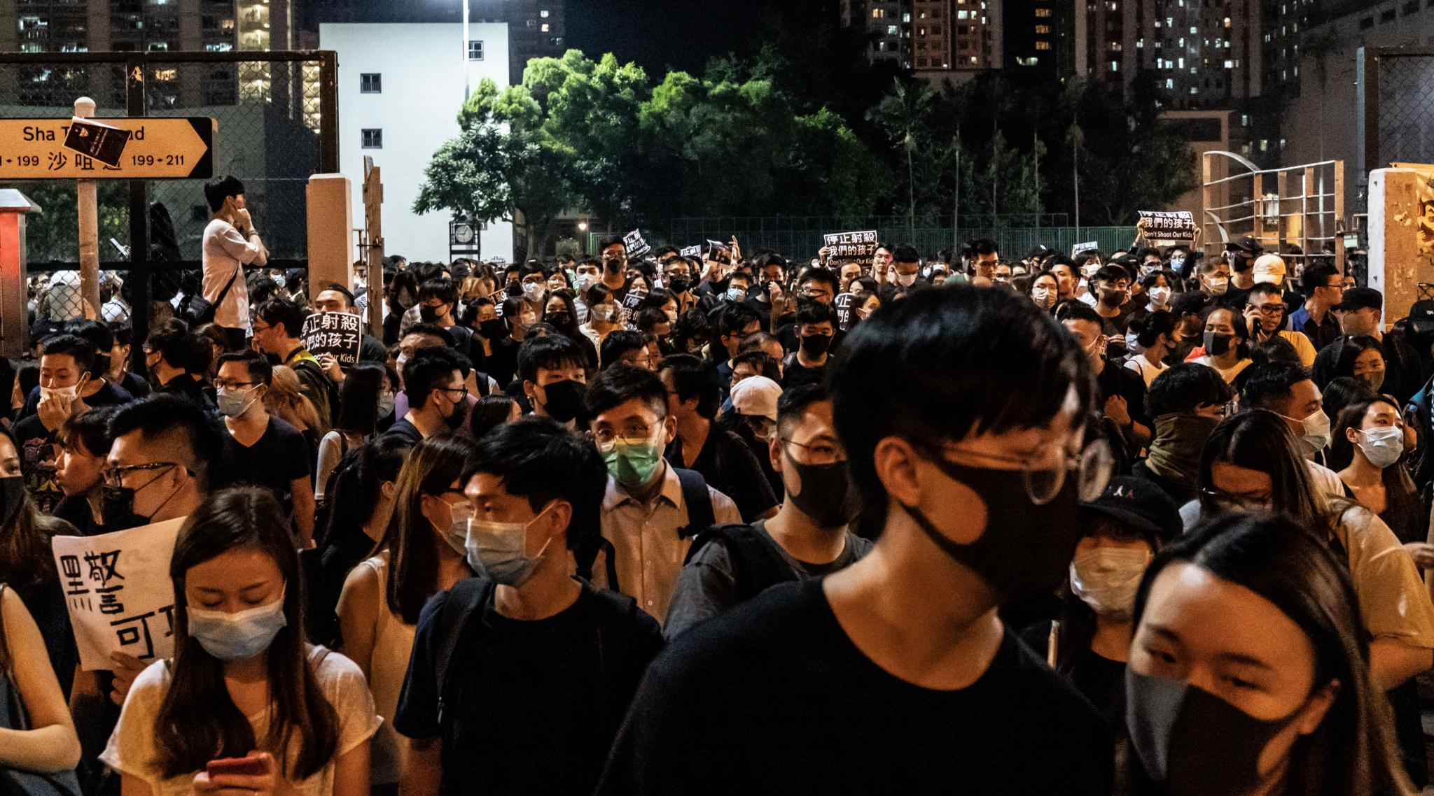 Hong Kong to Ban Face Masks in Protest Crackdown: Reports