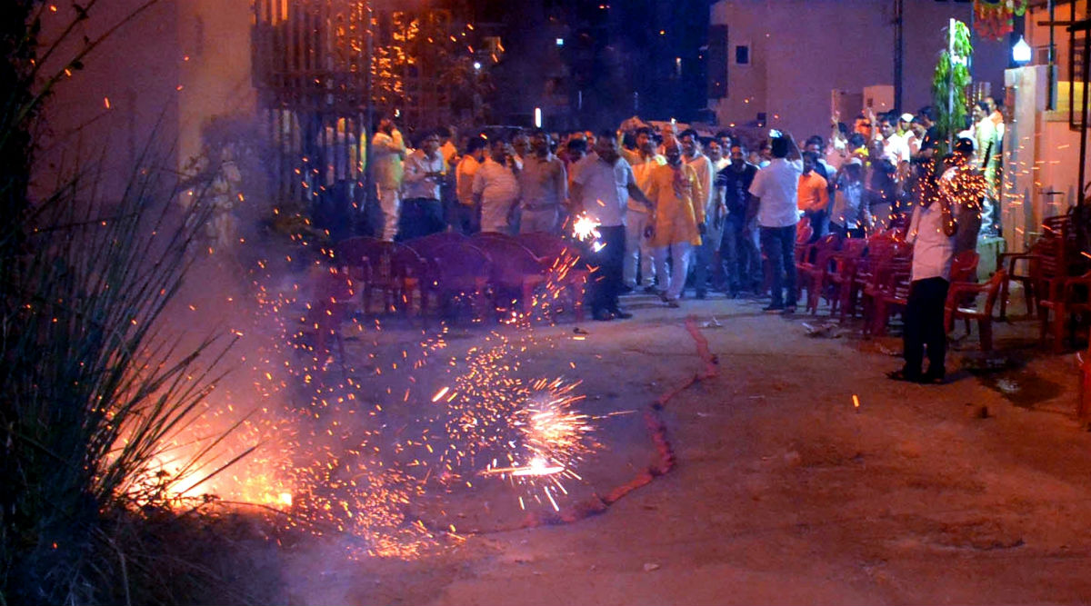 Chinese Firecracker Import Illegal, People Involved in Sale of 'Made in China' Crackers During Diwali Festivities to Face Action