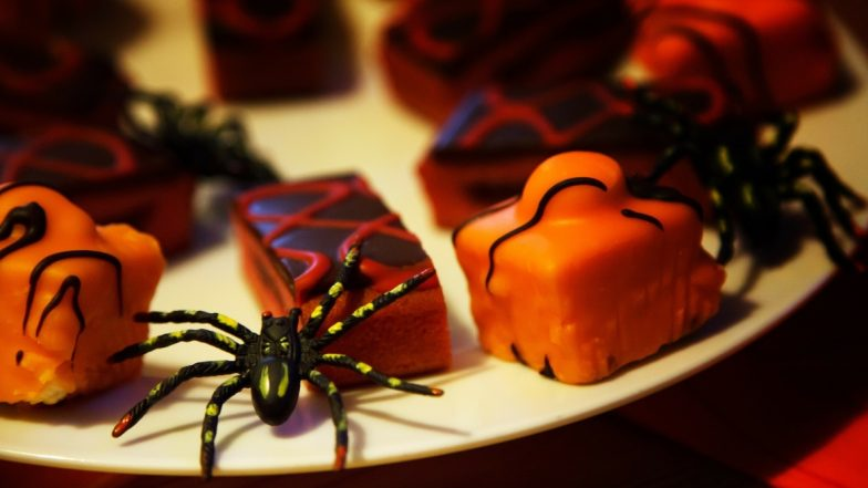 Halloween 2019 Recipes: From Ghost Toast to Oreo Eye Balls, 5 Really Creepy Halloween Treats So Easy To Make, You Could Prepare With Your Eyes Closed