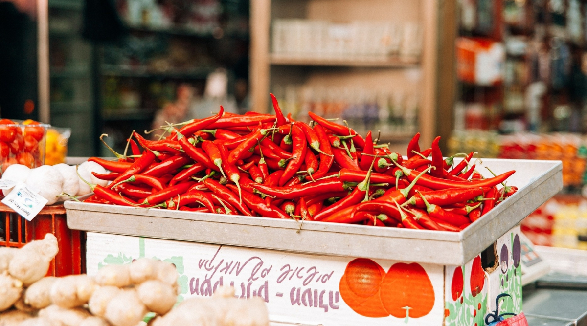 What Happens To Your Body When You Eat Super-Hot Peppers?