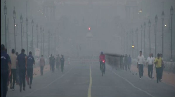 Delhi Pollution: Air Quality Remains in 'Severe' Category in Lodhi Road Area,Odd-Even Rule Starts From Today