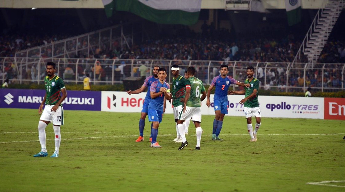 Indian Fans Disappointed After India vs Bangladesh Football Match Ends in a Draw 1–1, Post Tweets to Complain About Blue Tigers' Poor Show