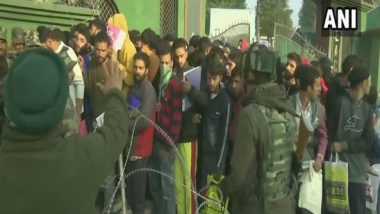 Jammu and Kashmir: Scores of Youth Participate in Indian Army Recruitment Drive in Srinagar