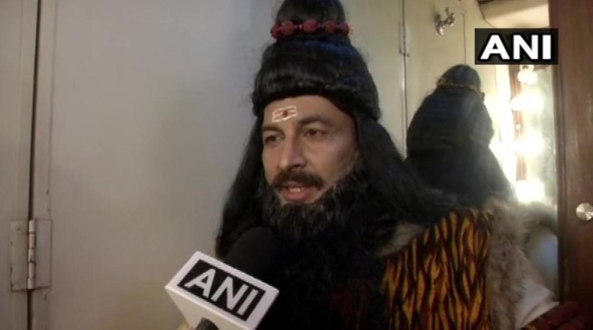 Manoj Tiwari Plays Lord Parashurama in Ramleela 2019 at Model Town, BJP MP Says 'Will End Sin from Delhi'