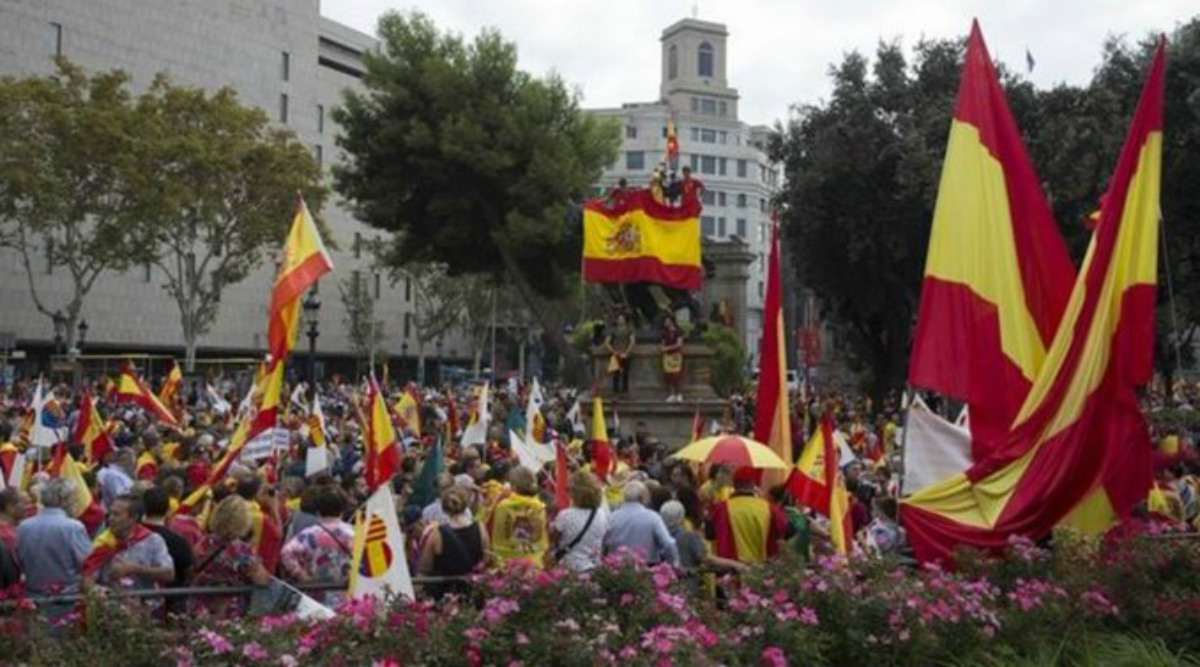 Spain's National Day: Thousands March in Barcelona Against Catalan Independence