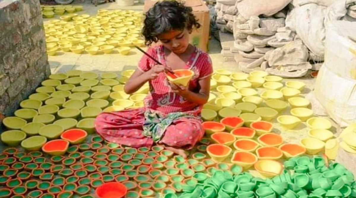 #PottersKiDiwali is Trending on Twitter, Netizens Join in The Initiative to Support Local Products This Diwali 2019