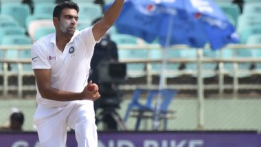 R Ashwin Dismisses Quinton de Kock With An Absolute Peach in IND vs SA 2nd Test, Twitterati Heap Praises On the Indian Off-Spinner