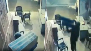 Bihar: Robbers Loot LED TVs Worth Rs 50 Lakhs From Godown in Mehndiganj, CCTV Video Goes Viral
