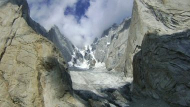 Army Patrol Hit by Avalanche in Northern Siachen, 4 Soldiers and 2 Civilian Porters Found Dead