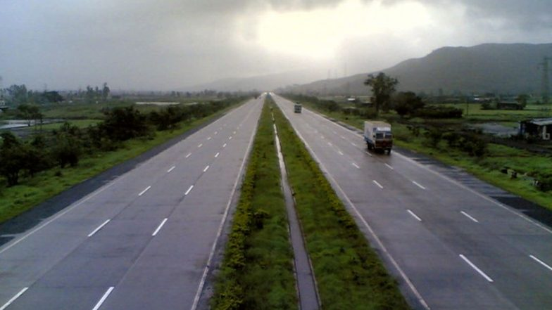 Pune-Mumbai Expressway to be Closed From 12 PM to 2 PM Today; Vehicle Traffic on Pune Corridor to be Affected