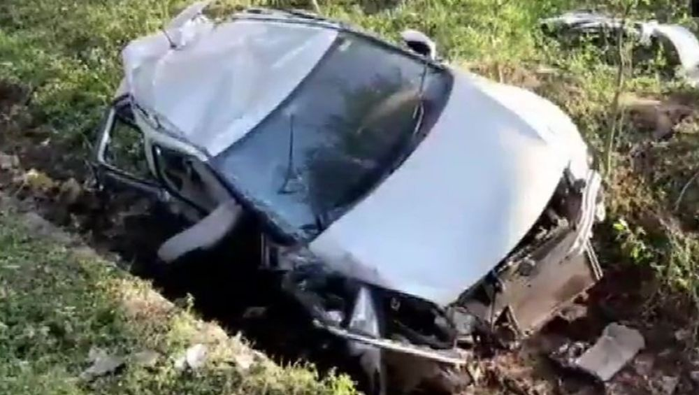 Madhya Pradesh Road Accident: 4 National-Level Hockey Players Dead, 3 Injured After Car Rams Into Tree in Hoshangabad