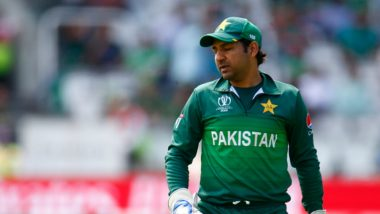 Sarfaraz Ahmed Stripped Off Captaincy From Tests & T20Is, Netizens Upset With PCB for the Decision