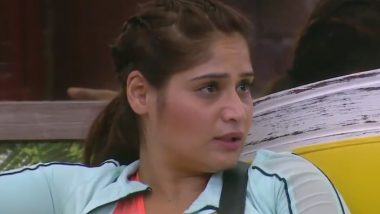 Bigg Boss 13: Arti Singh Gets Emotional as She Talks About Her Mother's Death and Her Adoption (Watch Video)
