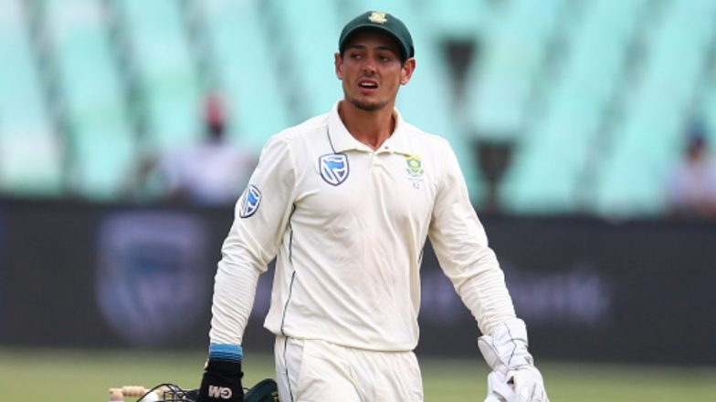 Quinton de Kock's Fan Breaches Security to Hug Him During IND vs SA 3rd Test, South African Wicket-Keeper Also Returns His Forgotten Slippers! Watch Video