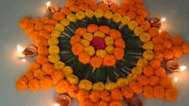 Simple Rangoli Designs for Diwali 2019 With Marigold Flowers: Latest Rangoli Patterns and Pookalam Ideas to Celebrate Deepavali (Watch Video Tutorials)