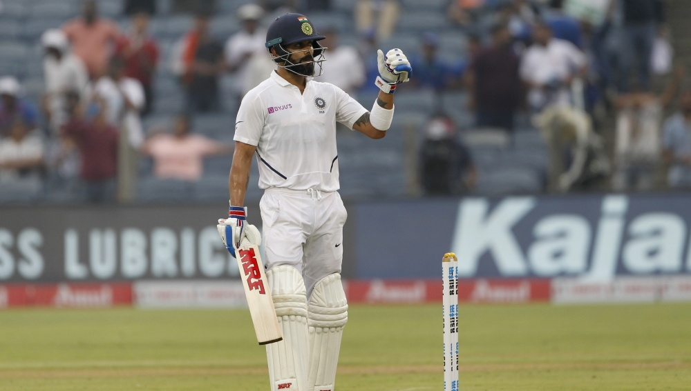 Virat Kohli Hits 23rd Half-Century During IND vs BAN D/N Test, Equals Gundappa Viswanath's Record in Indian List of Most 50-Plus Scores