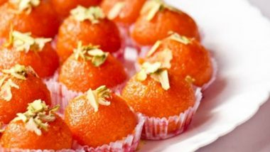 Diwali 2019 Recipe for Motichoor Ladoo: How to Make the Traditional Sweet Delight in These Quick and Easy Steps (Watch Video)