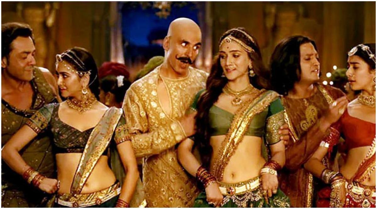 Housefull 4 Fake Reviews Flood Twitter a Day Prior to Akshay Kumar, Kriti Sanon, Pooja Hegde's Film's Official Release Date