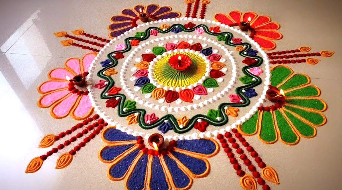 Easy Rangoli Designs For Colorful Diwali 2019 Quick And Simple Rangoli Patterns With Colours And New Pookalam Designs With Marigold Flowers For Deepawali Watch Diy Videos Latestly
