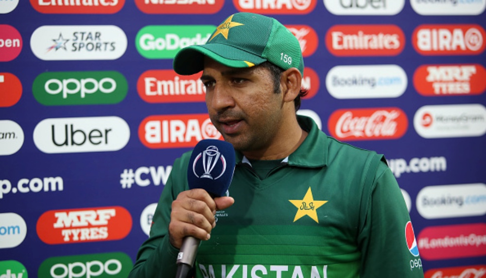 PCB Posts an Ill-Timed Tweet After Stripping Sarfaraz Ahmed From Captaincy, Deletes it Immediately!