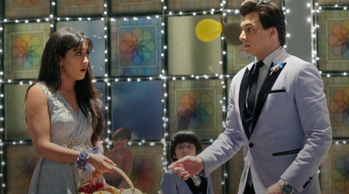 Yeh Rishta Kya Kehlata Hai October 31, 2019 Written Update Full Episode: Kartik Receives a Special Gift From Naira, Guests Make Some Awkward Comments About Them