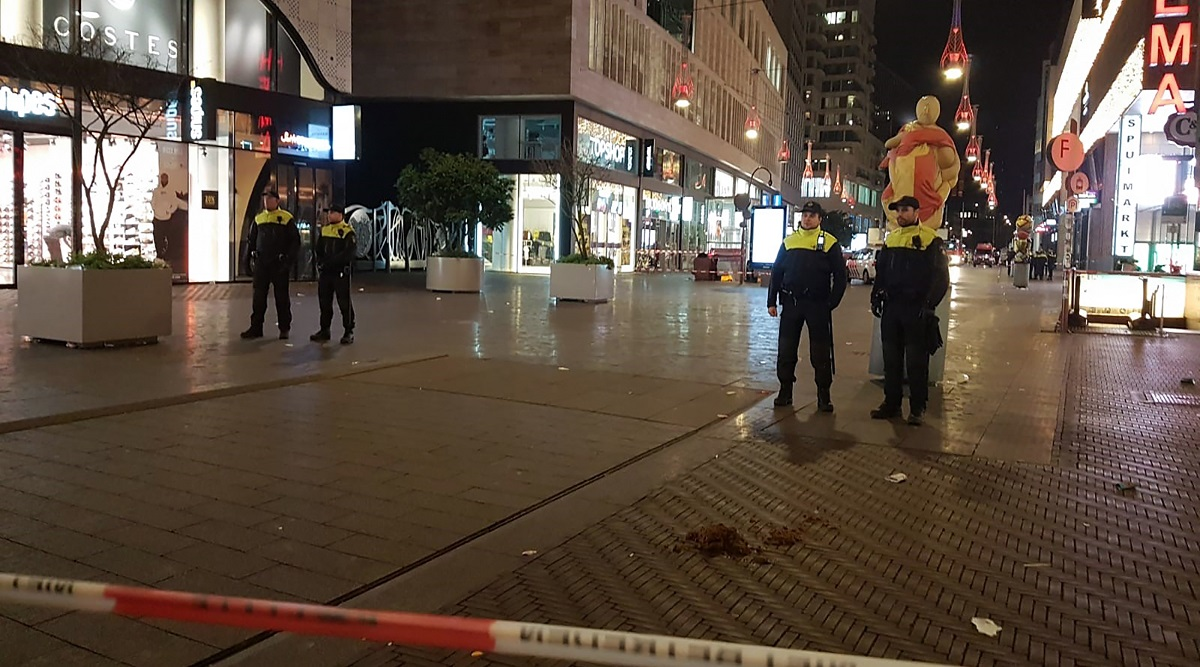 Netherlands: Three Minors Stabbed at The Hague's Shopping Area in Grote Marktstraat on Black Friday