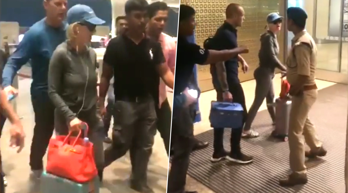 Katy Perry Walks Past Security Personnel Asking for Her Passport at Mumbai Airport, Netizens Call Her Out for Not Following Protocol (Watch Video)