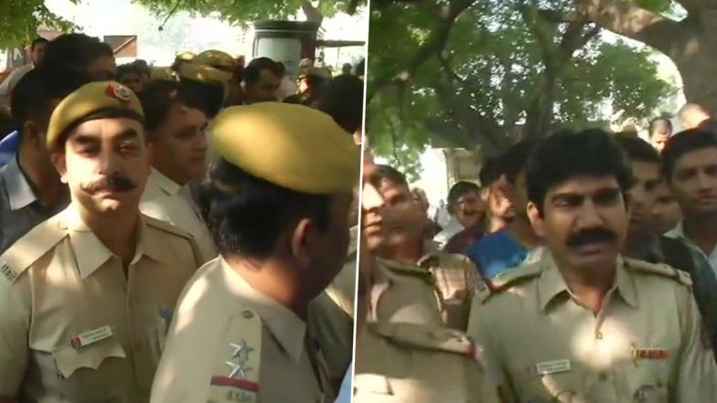 Tis Hazari Violence Aftermath: Delhi Cops Protest Outside Police Headquarters, Day After Their Colleague Was Thrashed by Lawyers