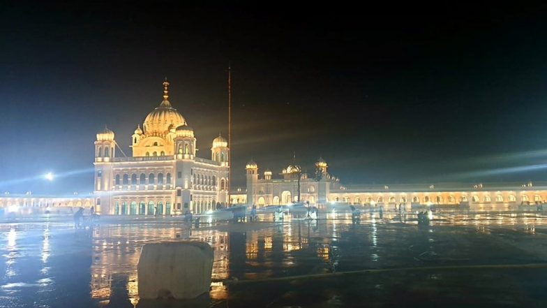 Imran Khan Shares Pictures of the Grand Kartarpur Corridor, Lauds Completion in Record Time Ahead of Guru Nanak's 550th Birthday Celebrations; See Pics